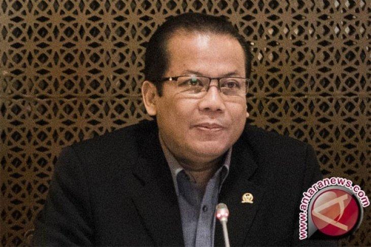 Pimpinan DPR akan rapat sikapi soal Taufik jadi tersangka
