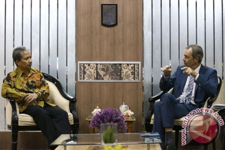Consul invites Germany businesses to invest in Indonesiaa