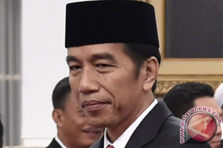 President Jokowi holds open house at state palace