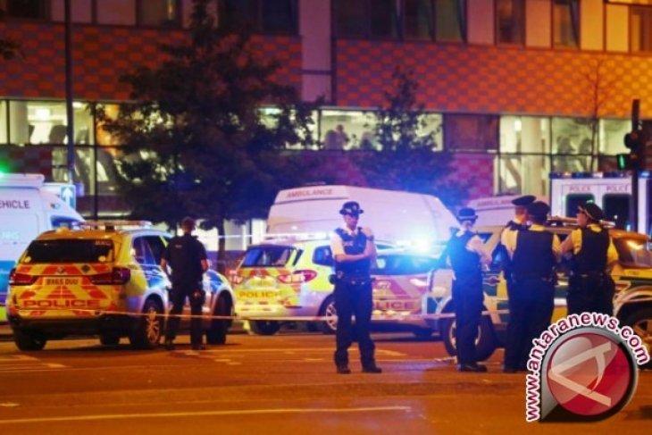 Polisi anti-terorisme Inggris periksa serangan di Masjid London