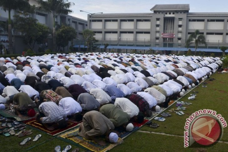 """MUI urges Muslims to cast votes and avoid """"golput"""""""