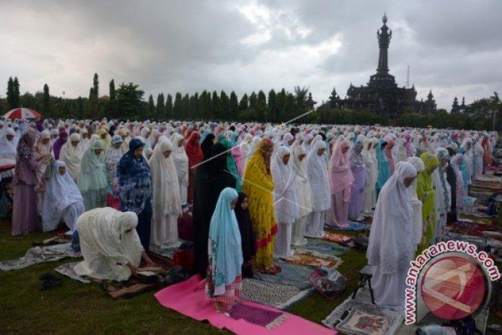 Khatib: Kebersamaan Tebarkan Kedamaian Dan Tolong Menolong