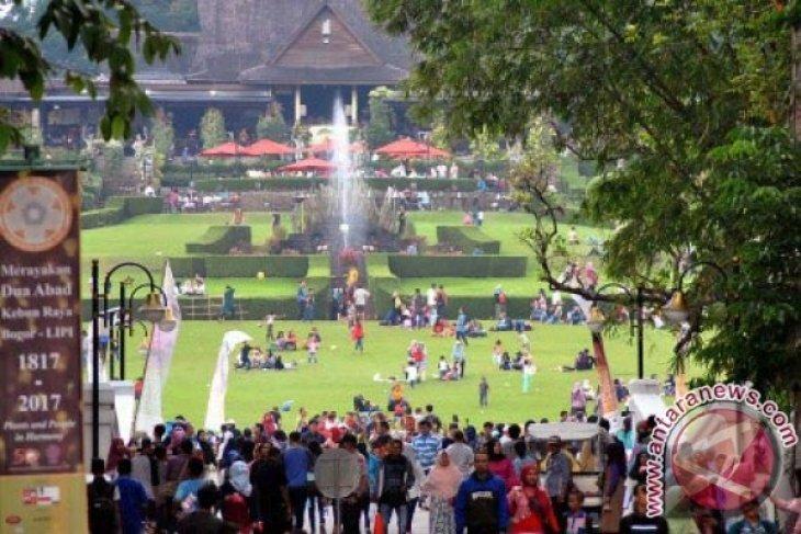Kebun Raya Bogor beri kompensasi pembatalan tiket pengujung