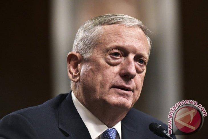 Pentagon Tunda Penerimaan Anggota Transgender Selama Enam Bulan