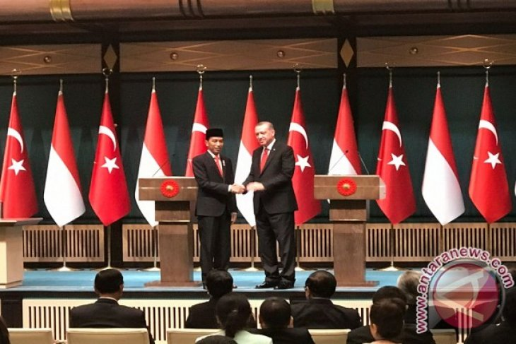 Jokowi, Erdogan witness signing of two cooperations agreements