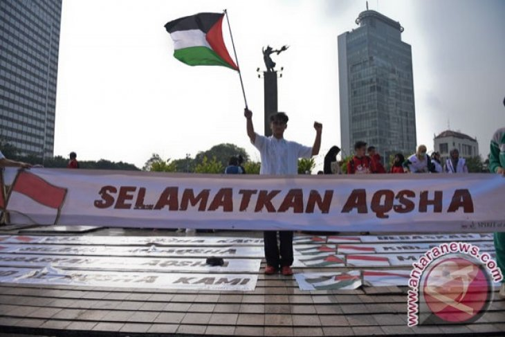 Palestinian FM to attend Indonesian Seminar for Palestine