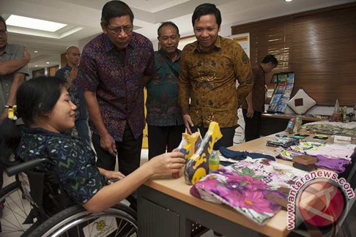 Maybank Majukan Wirausaha Penyandang Disabilitas