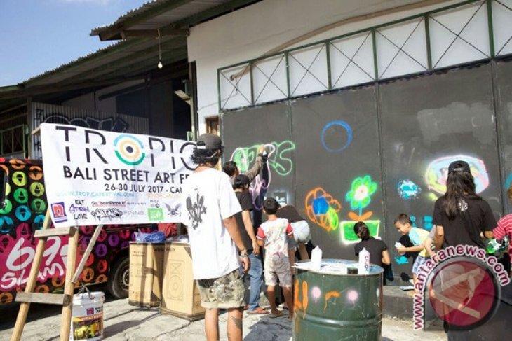 Pemkab Buleleng angkat kreativitas seniman Reong