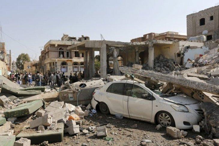 Serangan AS di Irak dan Suriah targetkan kelompok Muslim milisiKataib Hizbullah