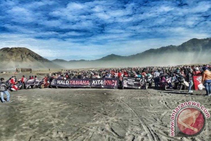 Ribuan Bikers YNCI Dan MEN Meriahkan Kemerdekaan Di Bromo