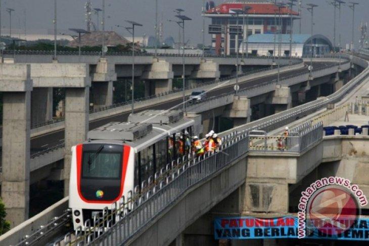 Presiden Jokowi Meresmikan Kereta Api Bandara Soekarno-Hatta