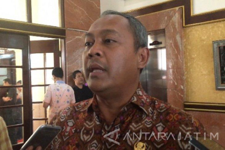 Rekrutmen Ulang Calon Dirut PD Pasar Surabaya Molor
