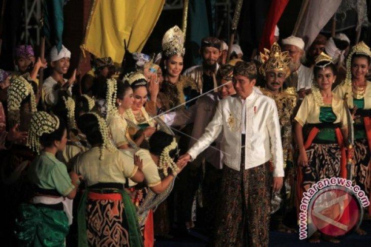 Presiden Jokowi Minta Keraton Lindungi Aset Budaya Bangsa