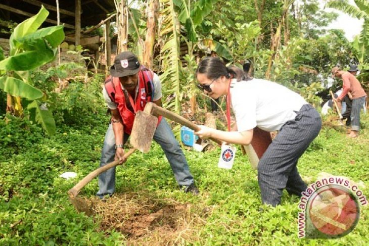 Relawan Asing Bangga Belajar Kesiapsiagaan Bencana Di Indonesia,