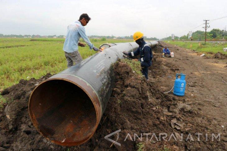 Kontraktor Pipa di Bojonegoro Manfaatkan Tenaga Lokal
