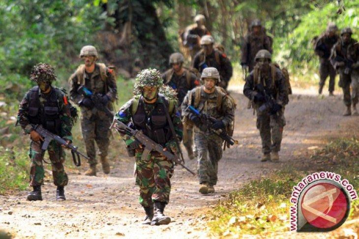 Militer Indonesia-Malaysia Latihan Gabungan di Tarakan