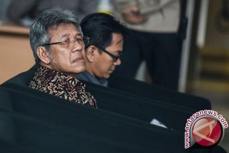 KPK periksa Sekjen DPR terkait kasus Bakamla