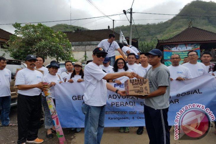 Peradi Denpasar Bantu Logistik Pengungsi Gunung Agung