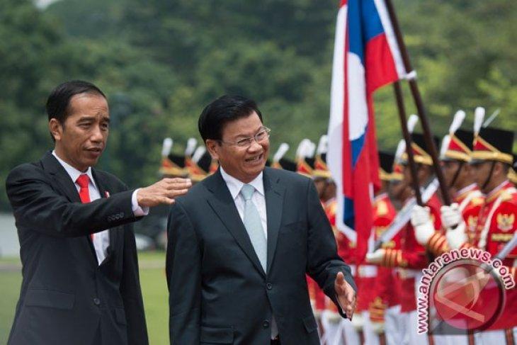 Indonesia, Laos enhance priority cooperation
