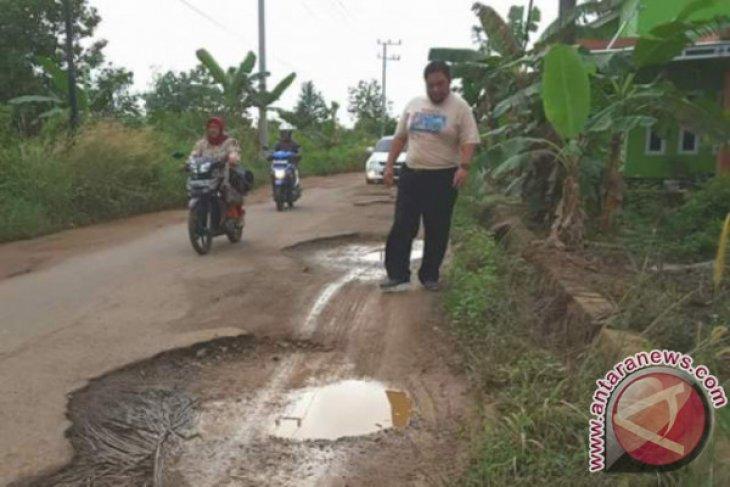DPRD Pangkalpinang Minta Pemkot Prioritaskan Perbaikan Jalan Rusak