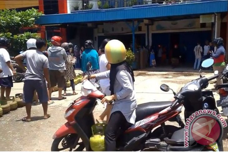 Gas Bersubsidi Untuk Masyarakat Miskin, Bukan Kalangan PNS
