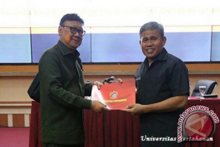 Beri Kuliah Umum di Unhan, Mendagri Petakan Tantangan Pertahanan Negara