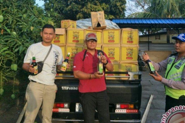 Ribuan Botol Jamu Ilegal Nyaris Masuk Bali