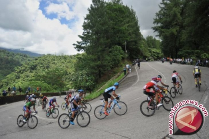 Pembalap TDS Hadapi Etape Terberat Solok-Solok Selatan