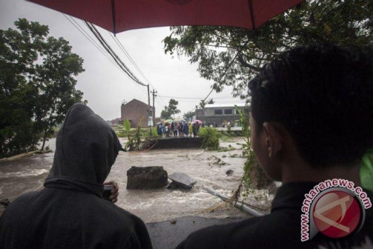Yogyakarta declares emergency alert status following natural disasters