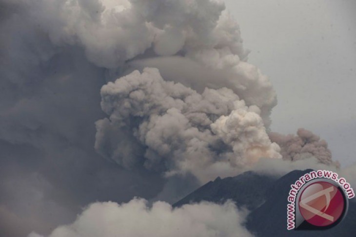 Mount Agung`s eruption to cause Rp9 trillion loss to Indonesia