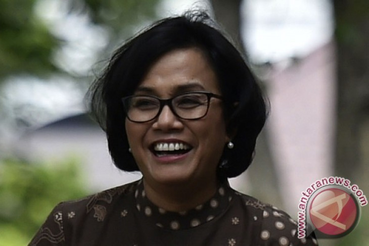 Minister opens art exhibition to promote Indonesia`s diversity