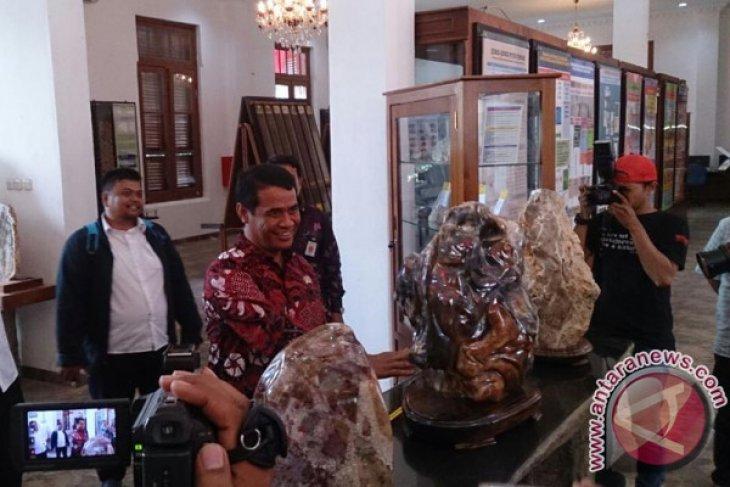 Batu Koleksi Museum Tanah Indonesia Pernah Dicuri (Video)