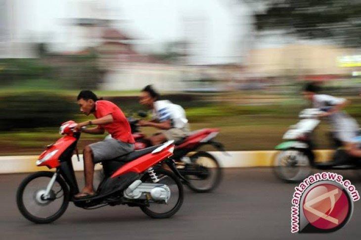 Polres Mukomuko gencarkan patroli cegah balapan liar di Jalinsum