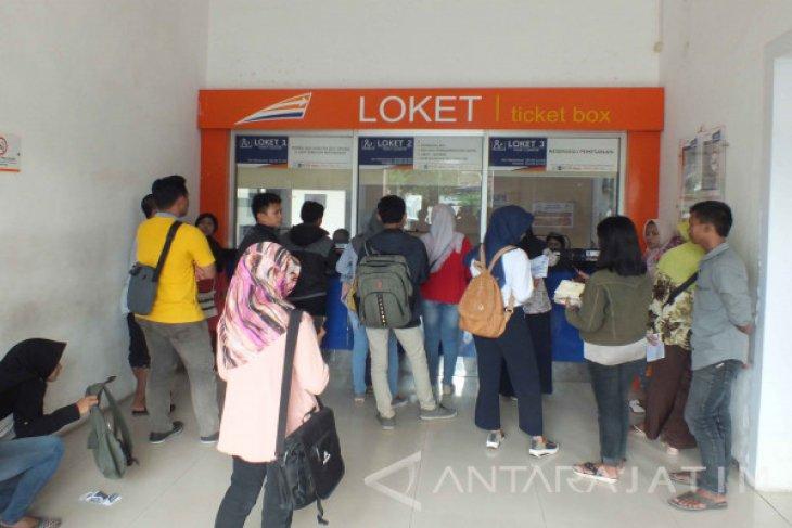 Tiket KA Jarak Jauh untuk Lebaran di Daop Jember Sudah Terjual 95 persen