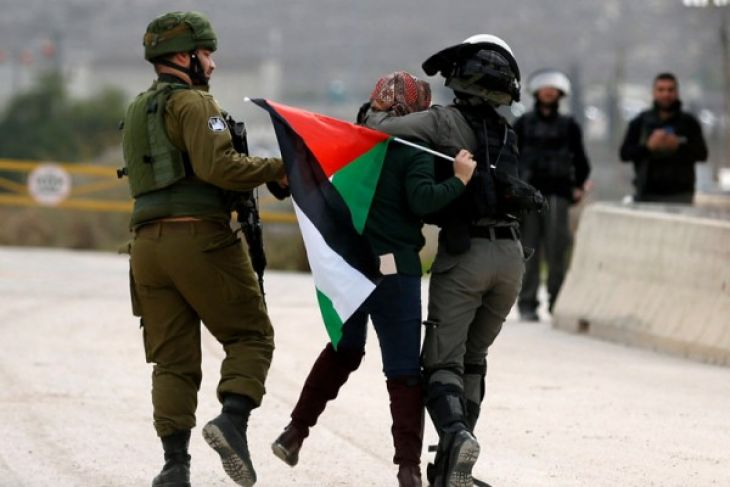 Israeli Forces detain 11 Palestinians from West Bank