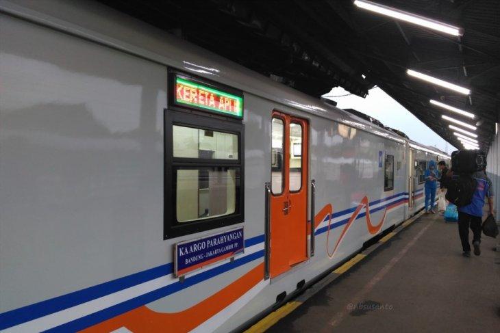 Menarik!, Sejarah penamaan Kereta Api di Indonesia.