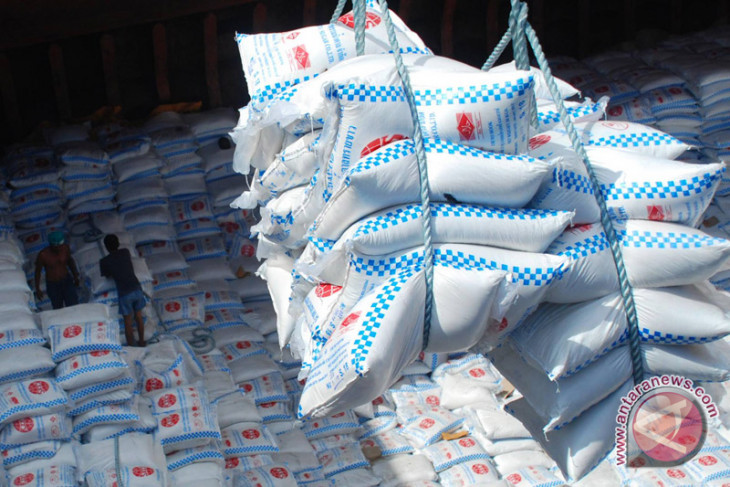 Raw sugar import depends on industry demand