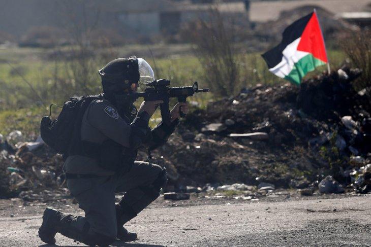 Israeli army carries out raids in Ramallah, Al-Bireh