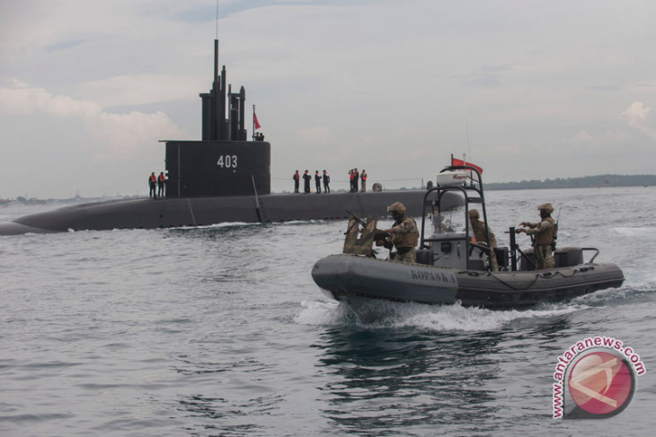 Indonesian military orders submarines from South Korea