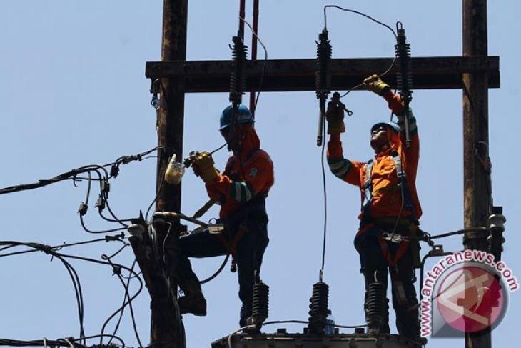 Kementerian ESDM sebut tarif listrik Indonesia kompetitif