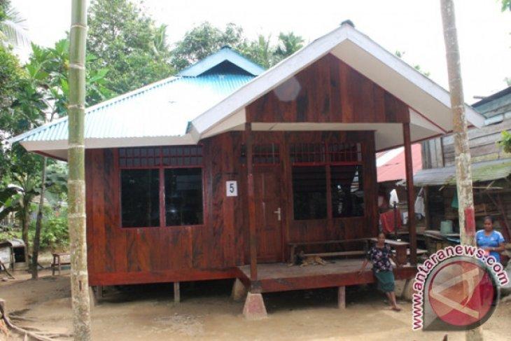 Kemensos Bangun 42 Rumah Masyarakat Adat Teluk Wondama