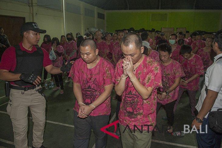 Kapolda Bali imbau masyarakat laporkan WNA mencurigakan