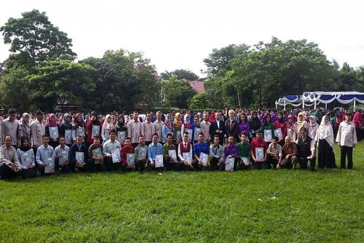 Ratusan Mahasiswa Diploma Siap Praktik Kerja Lapangan