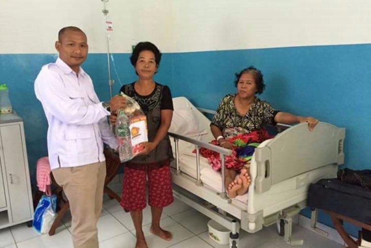 Gerindra berikan bingkisan kepada pasien RSUD Melawi