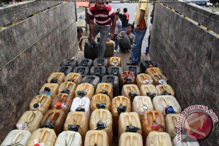 Polisi tahan penimbun BBM dan minyak mentah di Kaltim
