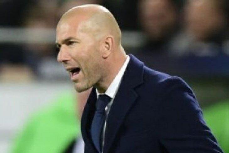 Deschamps-Zidane Terpilih Pelatih Terbaik Versi IFFHS