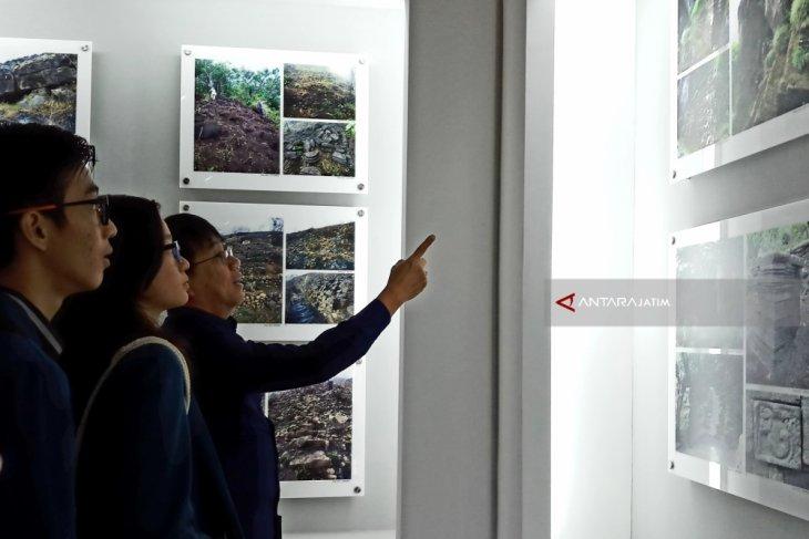 Ubaya Resmikan Pusat Informasi Situs Peninggalan Gunung Penanggungan (Video)