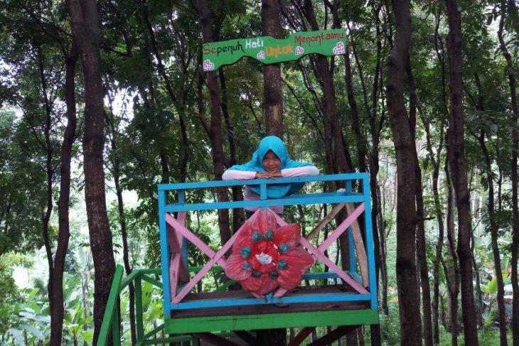Lokasi Swafoto Jadi Alternatif Liburan Warga Mojokerto