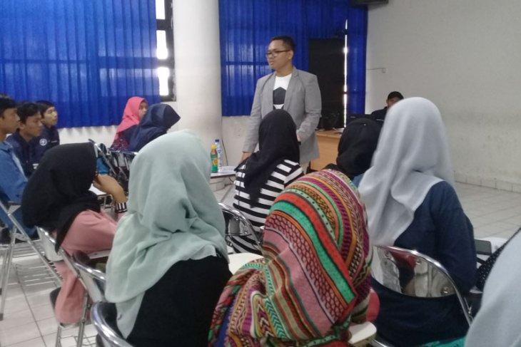 Kritisi isu-isu saat ini, mahasiswa IPB gelar public speaking dan leadership training