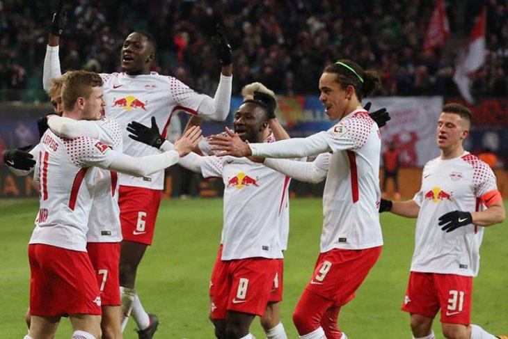 Keita pimpin Leipzig taklukkan Bayern 2-1